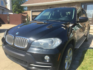 2007 BMW X5 4.8i SUV, Mint.