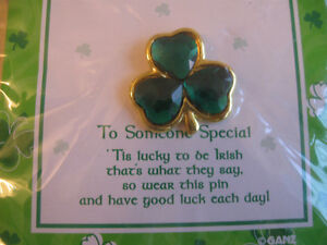 LUCKY LITTLE SHAMROCK PIN...for a SPECIAL IRISH .LAD / LASSIE