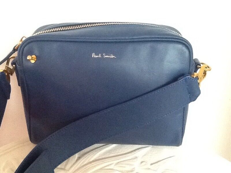 🎄Paul Smith blue leather messenger- cross body style bag as new