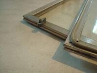 Vitres avec contour alluminium
