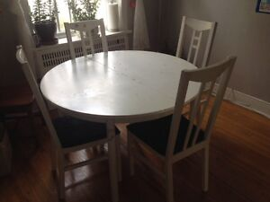 Donning table and 4 chairs