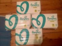 160 SIZE 2 pampers £10