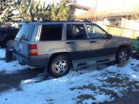 1995 Jeep Cherokee Laredo SUV, Crossover