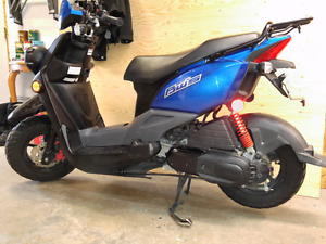 Scooter Yamaha BWS 2013.   50.  4 t