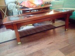 Elegant Wood Coffee Table with Glass Top Kitchener / Waterloo Kitchener Area image 2