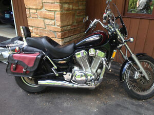 "**NEW PRICE** ""Extra Chrome"" 1400 Suzuki Inruder"