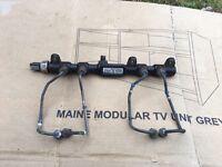 Mondeo mk3 2,0 tdci fuel rail with sensor delphi