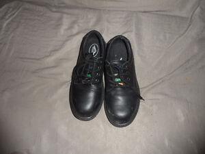 Souliers cap d'acier / Steel toe shoes