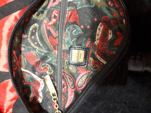 Olsen purse used once perfect condition