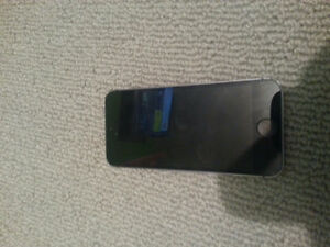 Iphone5s (Slightly used)