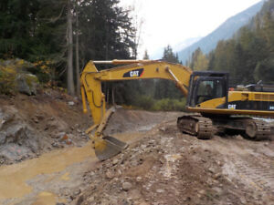 Caterpillar 345CL Excavator Available!