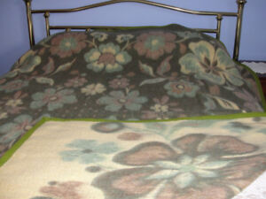 European Blanket size (DOUBLE/twin) (91 X 77 inches)
