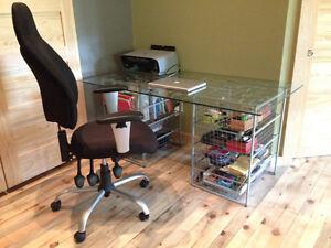 Ikea glass table + 2 metal drawers/Table de vitre Ikea + 2 tiroi