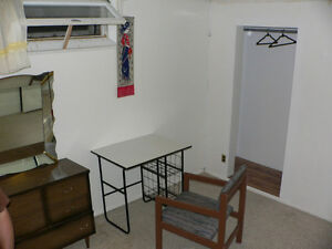 2 Basement rooms are ready to move in (beside University) Regina Regina Area image 3