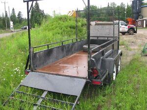 "Remorque- trailer  12'-3 po  long int x  51-3/4"" larg int"