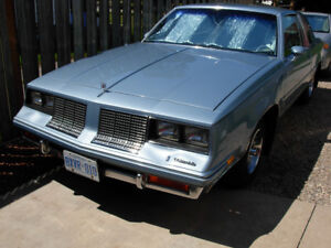 1985 CUTLASS SALON 2 DR COUPE GREAT DEAL ON A G BODY