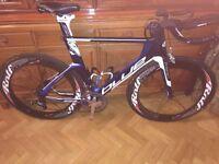 Blue Triad SL Time Trial/Triathlon carbon fibre bike frame with Rolf Prima Ares 8 wheelset
