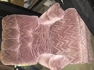 Comfortable dusty rose rocking chair