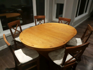 Pedestal kitchen table with leaf + 6 chairs