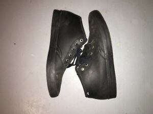 All black leather quicksilver shoes