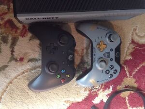 Xbox One 1TB + 2 controllers + Headset Stratford Kitchener Area image 3