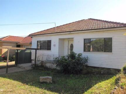 FOR RENT | 72 Jocelyn Street, Chester Hill NSW 2162 | $470 P/W