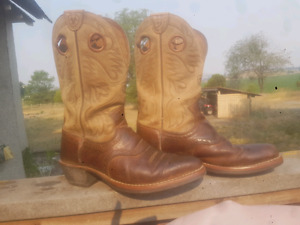 "Ariat ""Heritage Roughstock"" Cowboy Boots"