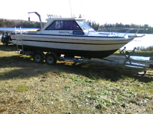 24 Ft Cabin Cruiser With Wheelhouse
