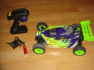 RC 1/10 NITRO EXCEED HYPER OFF ROAD BUGGY .16 ENGINE