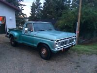 1977 Ford Truck Stepside 390 4 Speed Manual