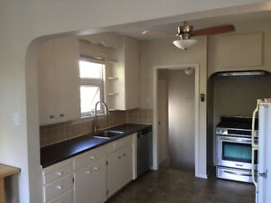 Charming Bungalow with Updates Close to U of A / Whyte Ave