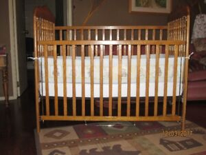 Crib & Matteress