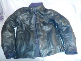 MENS BRAND NEW ARMOURED BLACK LEATHER MOTORCYCLE JACKET
