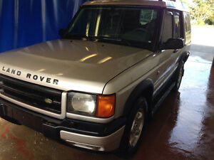 1999 Land Rover Discovery Silver SUV, Crossover