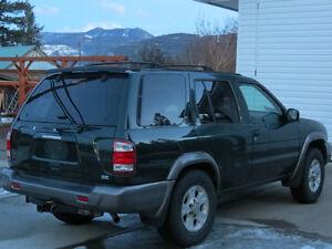 1999 Nissan Pathfinder SE - MINT-LOW KLMS