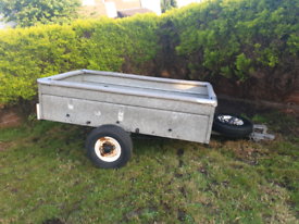 Camping garden trailer