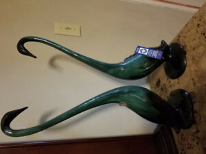 Blue Mountain Pottery. Set of two Swans