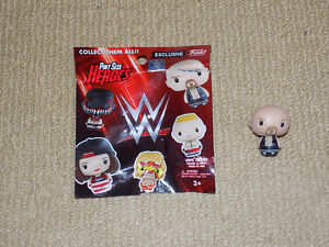 FUNKO, STONE COLD STEVE AUSTIN, WWE PINT SIZE HEROES TOYS R' US