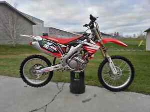 Honda Crf250r 2012 showroom condition