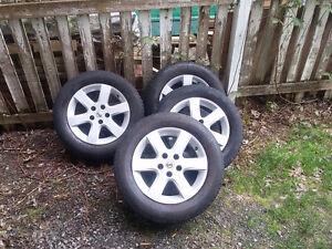 """Jantes Nissan 16"""" sur pneus d'été michelin: 100,00$"""