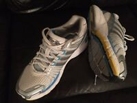 Ladies Adidas Adistar Trainers size 6
