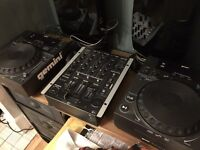 Gemini 203 cd mixers with matching gemini mixer and Samsung subwoofer and speakers