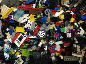 LEGO BUYING EVENT - SATURDAY 12:00-4:00