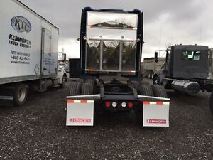 Truck head rack for flat bed