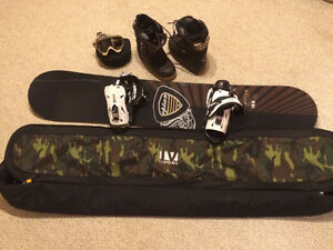 Snowboard with all the fixings like NEW!!