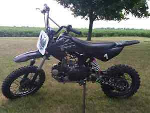 Tao tao 125cc dirt bike