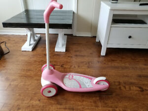 Radio Flyer My 1st Scooter for Girls – pink in good condition