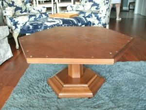 STURDY VINTAGE WOODEN COFFEE TABLE BASE