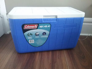 COLEMAN COOLER ( LIKE NEW )