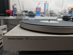 Harmon/Kardon Turntable